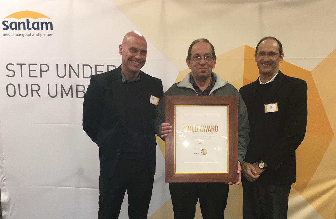 Specialised Broker Services receives the Santam Gold Award